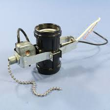 leviton 2 light socket cer pull chain lampholder 660w 125 250v 1a t 4017