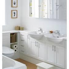 Small Narrow Bathrooms 2015 Small Bathroom Design Ideas White Bathroom With Small