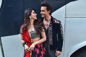 Aayush Sharma And Warina Hussain Promote Love Yatri Silverscreenin Extraordinary Lov Yri Hin