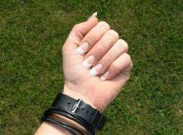 6 ways to cure nail fungus caused by artificial nails