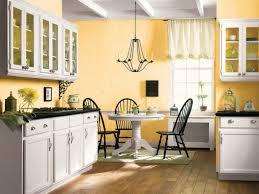 farmhouse kitchen decorating idea