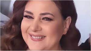 عمرو سعد يتواصل مع دلال عبد العزيز.. ويكشف تطورات حالتها