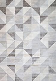 Modern Silver Gray and White Modern Geometric Triangle Pattern Rug
