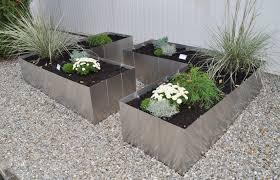 Garten im Quadrat | Moderne Pflanzgefäße und Hochbeete