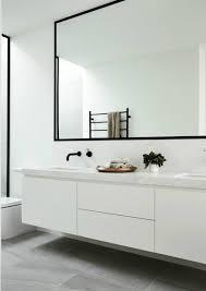 Spiegel Rahmen Schwarz Badezimmer Armaturen Minimalistisch