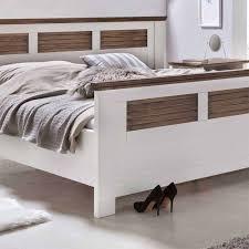 Landhaus Schlafzimmer Komplett Mit Doppelbett Dubanos 4 Teilig
