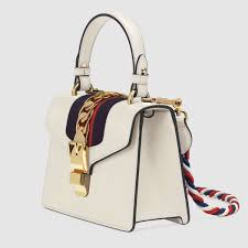 gucci bag. gucci sylvie leather mini bag detail 2