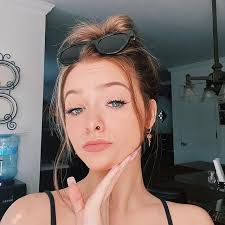 What's your favorite store to shop at? Zoe Laverne Pemberton Age Wiki Photos And Biography Filmifeed
