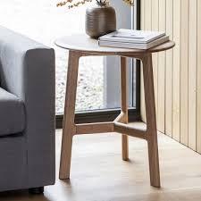 solid oak wood safia round side table