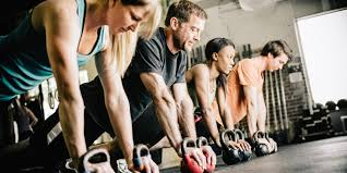 Fitness Tribe or Lone Wolf: Which Is Better for Getting Fitter? | HuffPost