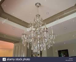 Silber Und Kristall Traditionellen Kronleuchter Stockfoto