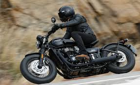 2018 triumph bonneville bobber black first ride review