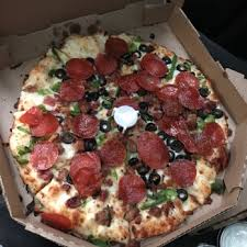 photo of round table pizza clubhouse auburn ca united states