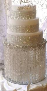diy wedding cake stand chandeliers chandelier cupcake stand diy wedding cake stand with in diy
