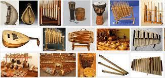 Alat musik merupakan suatu alat yang dapat menghasilkan suara. 21 Alat Musik Melodis Contoh Fungsi Cara Gambar