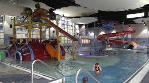 Metro Detroit Mommy: Lakeland High School Indoor Water Park