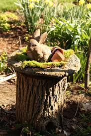 outdoor tree stump decorating ideas - How Make a Stump Attractive by Using Tree  Stump Ideas?