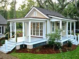 backyard guest house with bathroom glassnycco