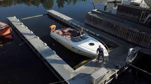 a boat 10 meters in length 30 foot takes less than 15 minutes to clean