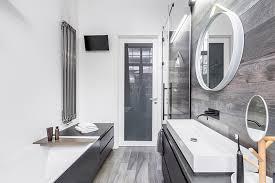 A Bathroom Cool Design