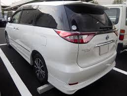 File:Toyota ESTIMA HYBRID AERAS PREMIUM-G (DAA-AHR20W-GFXZB) rear ...
