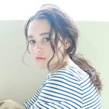 セミロングパーマは前髪なしが最旬大人女子のすっきりヘア Trill