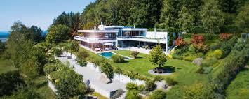 Spektakuläre Luxusvilla Mit Swimmingpool Zwischen Zug Und