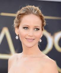 makeup light pink. pink new year nouvel jennifer lawrence makeup earrings necklace 2016 os light