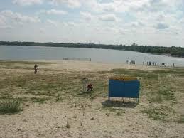Отчет по учебной геологической практике на озерах семнадцатого  Вода мутная расстояние видимое от берега около полутора метров на глубину 40 см
