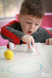 3 ways to work on fine motor skills for 2 year olds