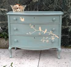 Silver Shabby Chic Bedroom Furniture Interior Small Blue Coffee Table With White Cloth And Silver