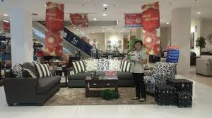Sofa Gaya Klasik Modern Beri Kesan u0027Hangatu0027