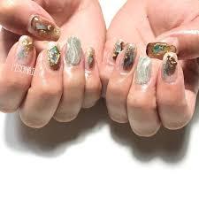 スクエアの爪も人気 気分を変えたい時にはいいかも ネイル ネイリスト