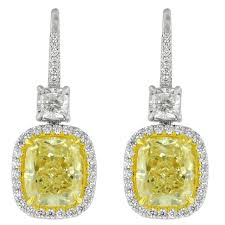 8 22 carat canary yellow diamond earrings for