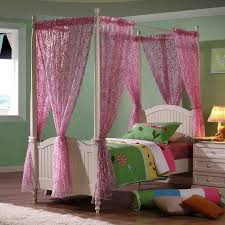 Poster Bedroom Furniture Bloomsbury Childrens Four Poster Bed