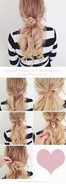 Flower Braid And Low Ponytail Hair Kapsels Lang Haar Kapsels En