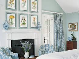 tips on decorating the fireplace mantel