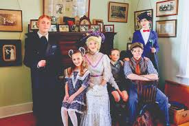 Center Stage | 'Mary Poppins' cast 'steps in time' to Heceta Lightkeeper's  House
