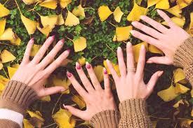 Módní Odstíny Pro Lak Na Nehty Podzim 2019 Foto