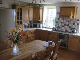 Farmhouse Kitchen Tables Uk Small Kitchens Country Style Cliff Kitchen Country Style Kitchens
