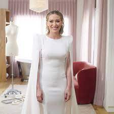 Duff opened up about exactly what she wanted out of her dress in the video shared by vogue. See Hillary Duff S Wedding Dress Photos From Her Wedding