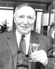 <b>Karl Braun</b> - Bürgermeister und Ehrenbürger. geboren am 29. - __tn__ecics_85_93_418_999