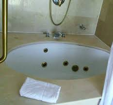 cleaning a jacuzzi bathtub how to clean a tub mystic tub grout could use a cleaning cleaning a jacuzzi bathtub