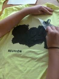 diy t shirt using a stencil diy craft thriftycrafts kidscraft thriftycraftsforkids tshirt homemade stencil fabric paint easycraft