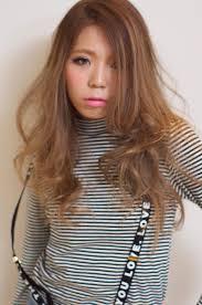 Deep前髪なし外国人風プラチナアッシュ徳田 敦次の髪型 Stylistd