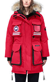 ... Women  39 s Arctic Program Snow Mantra Parka   Canada Goose