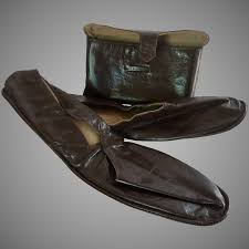 men s leather house shoes in envelope pouch size 12 to expand