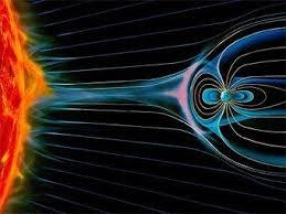 Интересные сведения о магнитном поле Земли Наука и техника ru Магнитное поле Земли улавливает частицы солнечного ветра Иллюстрация с сайта aerospaceweb org