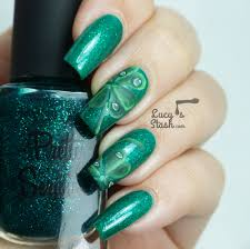 Four-Leaf Clover Nail Art for St. Patrick's Day - Lucy's Stash
