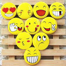 40pcs 3cm Cute Badge Brooch Emoji Party Favor Kids Birthday